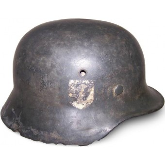 M35 single decal SS helmet, battlefield found in the swamp near Narva. Espenlaub militaria