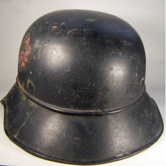 Third Reich Luftschutz for Roter Kreuz helper helmet. Espenlaub militaria