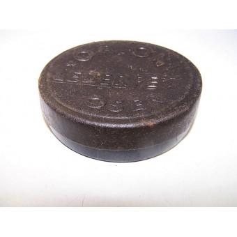 WW2 unissued cardboard box with shoe polish cream. Espenlaub militaria