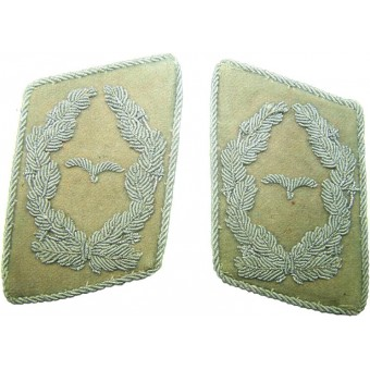 Luftwaffe Hermann Hoering division collar tabs, rank Major. Espenlaub militaria