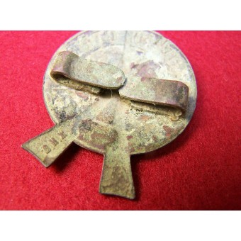 Ground dug brass badge for excellent shooting.. Espenlaub militaria