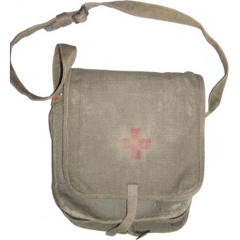 Original Russian WW2 or pre-war made Combat Medics shoulder bag. Espenlaub militaria
