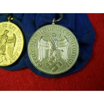 2 Medals for Service in Wehrmacht: for 4 years and for 12 years.. Espenlaub militaria