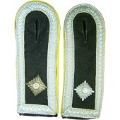 Waffen SS private purchase shoulder straps for Obescharfuhrer of Signals
